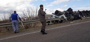 Tırın yan yattığı kazada sürücü hayatını kaybetti