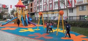 Gaziosmanpaşa'da çocuklar park polislerine emanet