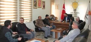 AK Parti İl Başkanı Yanar, vatandaşların sorunlarını dinliyor