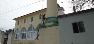 Burhaniye'de 57 yıllık minare ustası iş başında
