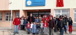 Türk Kızılay'ından öğrencilere giyim ve kırtasiye yardımı
