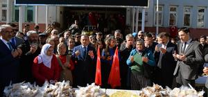 Tunceli'de Mehmetçik için lokma dağıtıldı