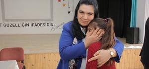 Bayan Yavuz, öğrencileri sevindirdi