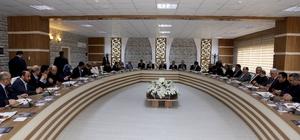 Rektör Kızılay İlahiyat Fakültesini ziyaret etti