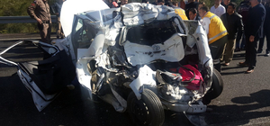 Muğla'da kamyonla otomobil çarpıştı: 1 ölü