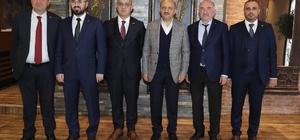 Başbakan Yardımcısı Fikri Işık, Kocaeli'de siyasi parti il başkanları ile bir araya geldi