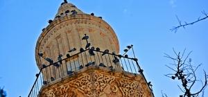 Nusaybin'de UNESCO adayı cami ve kiliseye ziyaretçi akını