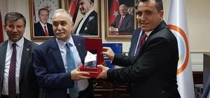 Malazgirt Ziraat Odası Başkanı Kılıç, Bakan Fakıbaba'yla görüştü