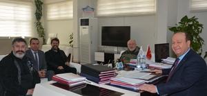 Başkan Özakan usta oyuncuları ağırladı