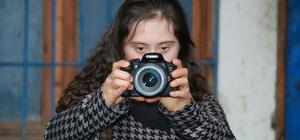 Down sendromlu gençler fotoğrafçı oldu