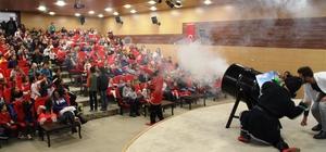 ermencik Belediyesi'nden çocuklara özel tiyatro gösterimi