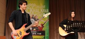 Liseli müzik grupları Karşıyaka'da yarışıyor