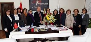 CHP'li Özdemir ve yönetiminden Başkan Özakcan'a ziyaret