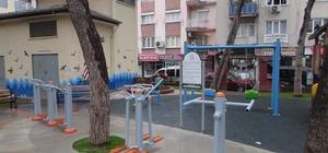 Efeler'de Tarık Şengüroğlu Parkı yeniledi