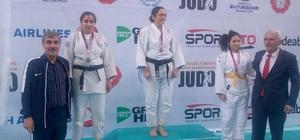 Görme engelli Vanlı Esmer Taşkın, judo şampiyonasında Türkiye ikincisi oldu