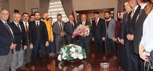 Manisa AK Parti'nin yeni yönetiminin ilk ziyareti Vali Güvençer'e oldu