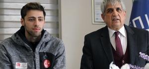 Milli sporcu Fatih Arda'ya ödül