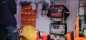 Kocaeli'de yokuştan inen kamyonet kontrolden çıktı: 5 yaralı