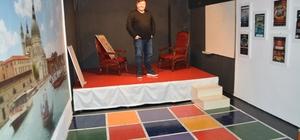 Söke Şehir Tiyatrosu'ndan 'Oda' sahnesi