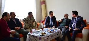 Kaymakam Karaca'dan Zeytin Dalı Harekatı'na katılan askerlerin ailelerine ziyaret