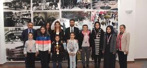 Satranç şampiyonlarından ziyaret