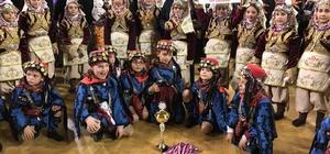 Kıvanç Sarlıcalı Folklor Takımı MEB Halk Oyunları Yarışması'nda birinci oldu