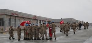 Afrin'e giden JÖH'ler ve güvenlik korucularına ikram