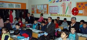 Vali Kalkancı'nın okul ziyaretleri devam ediyor