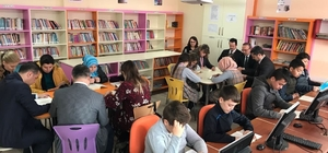Burhaniye'de projelerle başarıya adım adım
