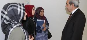 Öğrenciler gençlik merkezlerinde eğitim görmeye devam ediyor