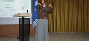 'Dijital gelecekte eğitim' semineri verildi