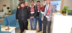 Balıkesirsporlu taraftarlardan Mehmetçiğe destek