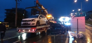 Kuşadası'nda trafik kazası; 2 yaralı