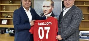 Uysal, Antalyaspor yönetimini ağırladı