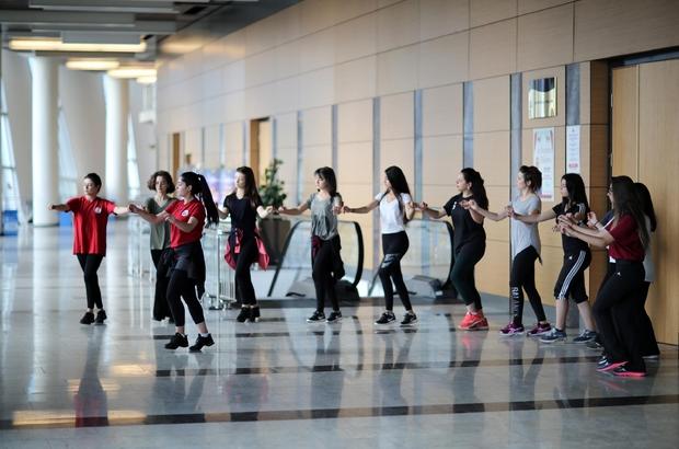 TUBİL Halk Dansları Topluluğu birincilik yolunda