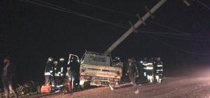 Milas'ta alkollü sürücü elektrik direğine çarptı; 1yaralı