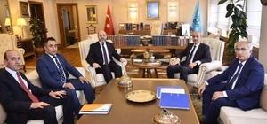 Başkan Ali Çetinbaş: Çavdarhisar Aizonai Antik Kenti, artık Türkiye'nin projesidir