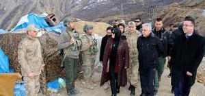 Türkiye'nin birçok ilinden askerlere anlamlı hediye