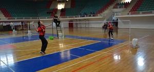 Diyarbakır'da badminton grup maçları