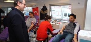 Başakşehir Belediyesi personelinden Kızılay'a kan bağışı