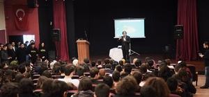 Başkan Demircan, öğrencilere bilişim çağının önemini anlattı