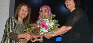 Yenimahalle'de Kadınlar Günü'ne yemekli kutlama