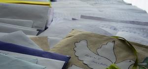Mehmetçik'e mektup yazma kampanyasına yoğun katılım