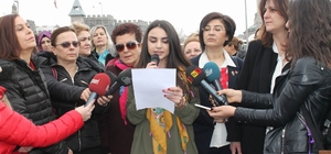 Kayseri'de kadınlar 8 Mart için alanlardaydı