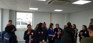Jandarmadan işçi kadınlara 8 Mart Dünya Kadınlar Günü ziyareti