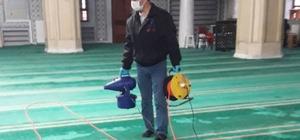 Bayrampaşa'da camiler dezenfekte ediliyor