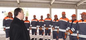 Temizlik işçilerine olası iş kazalarını önlemek için iş sağlığı eğitimi verildi