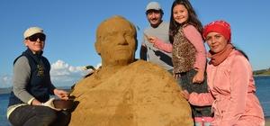 Gelibolu'da kumdan heykeller sergilenecek
