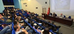 AÜ'de '18 Mart Çanakkale Zaferi ve Atatürk Paneli' yapıldı