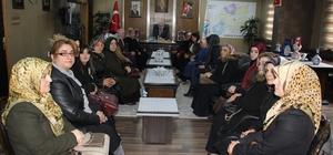 AK Parti Kadın Kollarından Başkan Memiş'e ziyaret